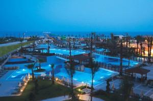 fame-residence-zwembaden