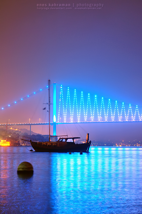 Istanbul Bosphorus Bridge, Turkey.