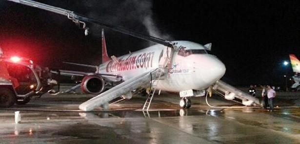 corendon-brand-vliegtuig