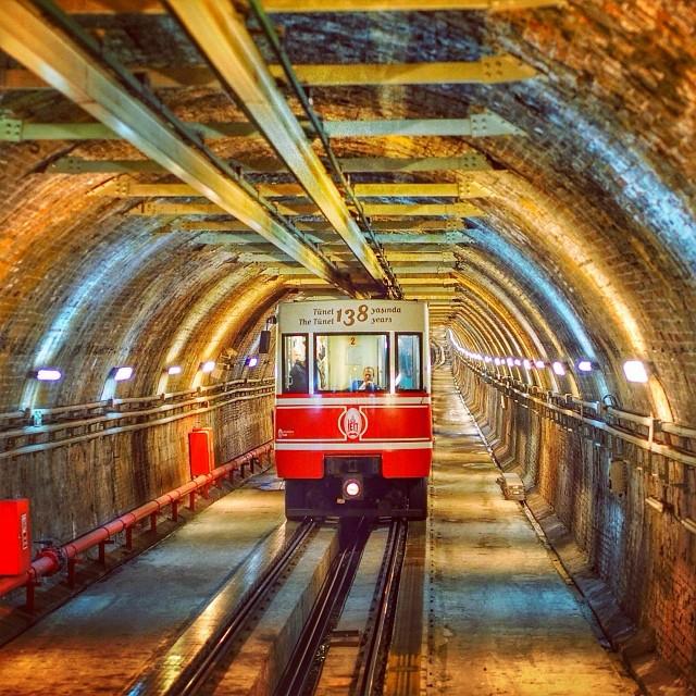 Tunel istanbul turkse nederlander for Meram amsterdam west